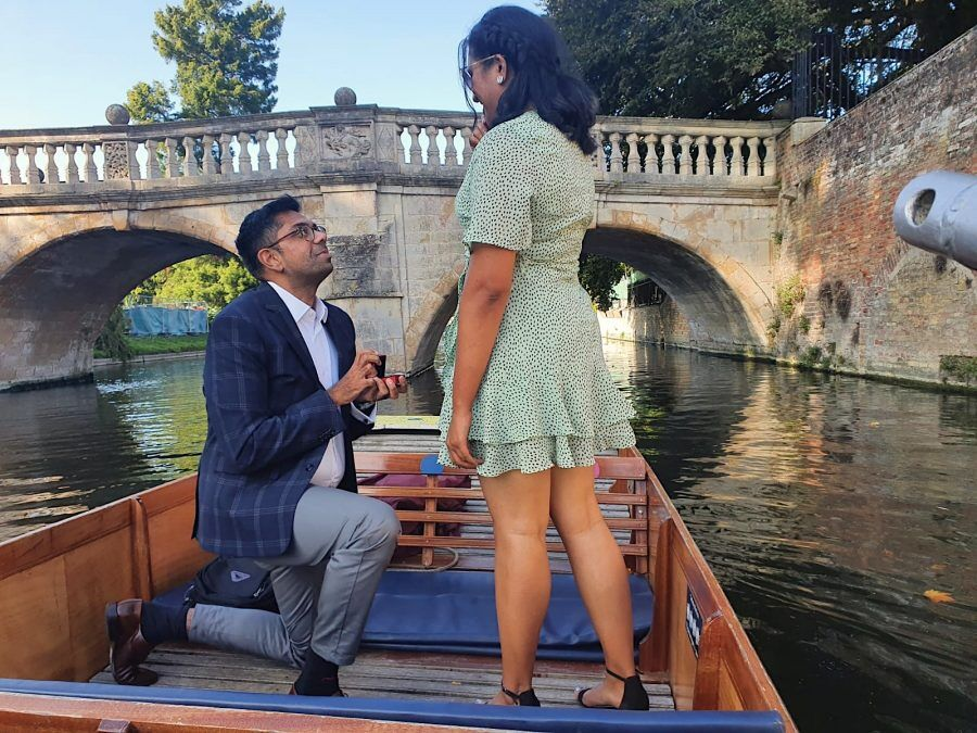 romantic punting, romantic punting tour for two, Cambridge Punting, Punting in Cambridge, day out in Cambridge, Tours