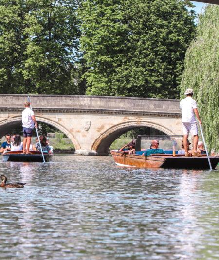 Distance Shared Punting, Shared Punting, Punting in Cambridge, Chauffeured Punting, Chauffeured Punt Tours, Cambridge Punting