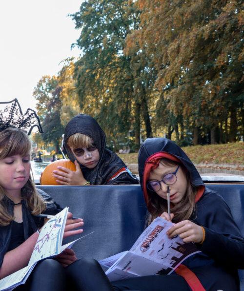 Halloween Punting, Punting in Cambridge, Cambridge Punting, Punt and Scavenger Hunt, Visit Cambridge, Half Term Activities, Halloween